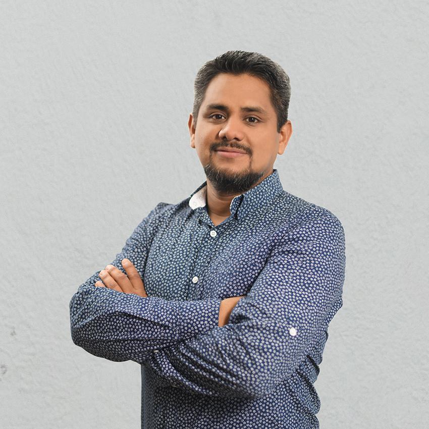 Luis Peña Grupo Target SAC